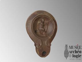 Lampe à huile découverte dans la Nécropole du Piol de Cimiez